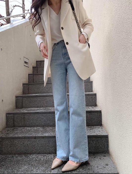 美麗喵。現貨。正韓 韓國製 淺色 簡約 長腿修身 牛仔落地寬褲