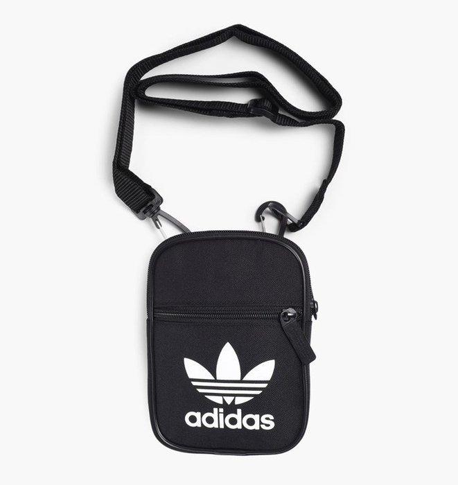 【高冠國際】Adidas Originals TREFOIL BAG 黑白 側背 包 小包 三葉草 腰包 BK6730