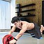 【全天賣場】 腹肌輪男健身器材家用收腹運動捲腹滾輪初學QTMQ98315