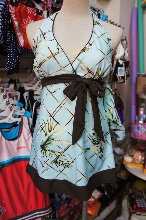 SUPAY舒沛-長版淑女風綁頸泳裝-V領-高雅淡藍格葉紋二件式(短褲)-特價590元M-XL
