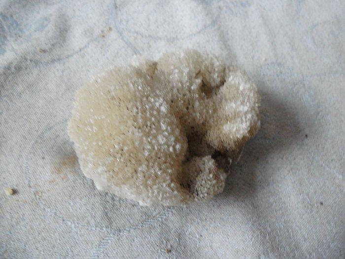 紫色小館39--------水晶原礦筍
