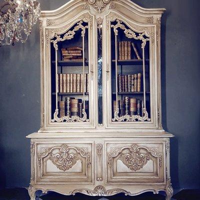 【拍賣師古董市集】歐洲古董1930年代法國路易十五書櫃/玻璃櫃