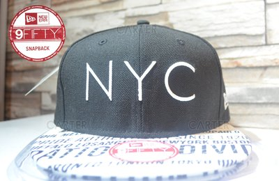 New Era Branded city print black and white NYC黑白後扣可調帽