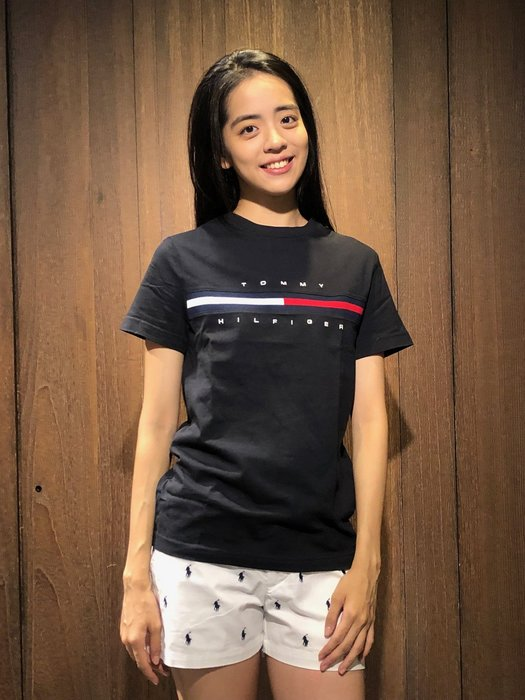 美國百分百【Tommy Hilfiger】T恤 TH 男款 Logo 圖案 短袖上衣 深藍色 T-Shirt A794