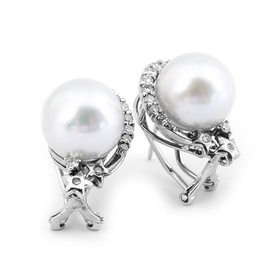 【JHT 金宏總珠寶/GIA鑽石專賣】11.8mm天然珍珠鑽石耳環/材質:14K(PP00057)