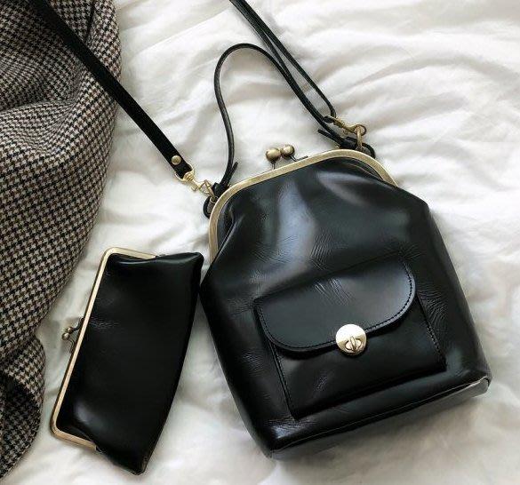 SeyeS  英倫簡約自然風復古時尚優雅百搭雙層設計感手提/斜背珠扣包