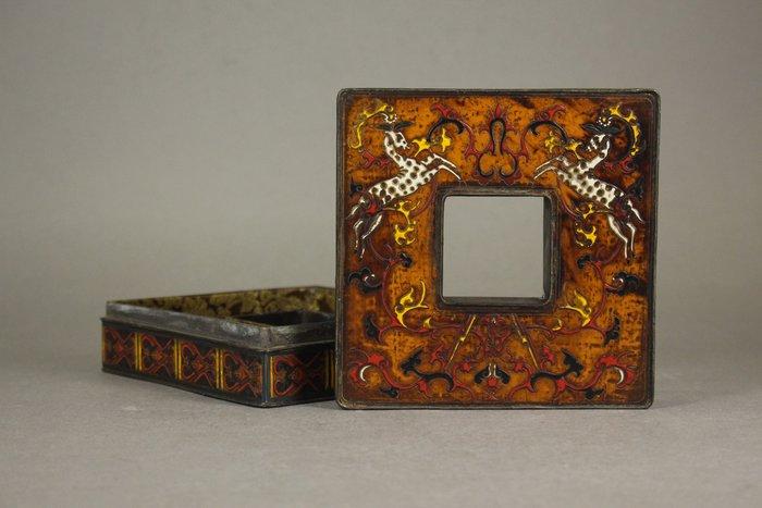 悅年堂 --- 銅胎 戧金填彩 朝珠盒