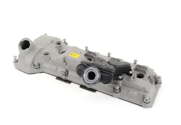 【樂駒】 BMW E90 E92 E93 M3 原廠 汽缸蓋 1-4缸 右側 原廠零件 耗材