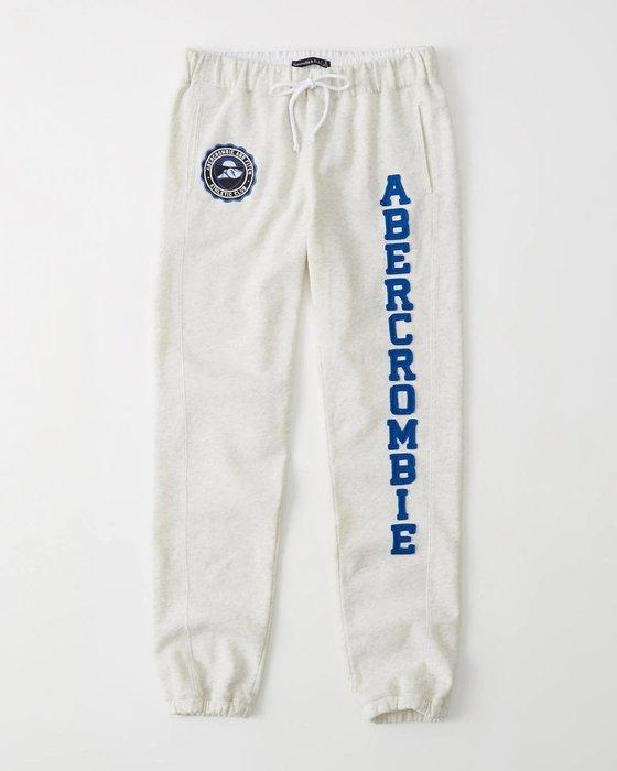 【天普小棧】A&F Abercrombie&Fitch Banded Logo Sweatpants運動長棉縮腳褲淺灰S