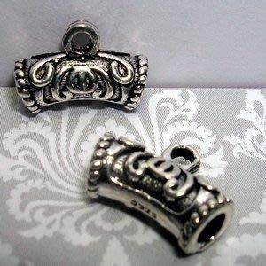 琥珀貓~【925純銀材料配件】彎管帶圈~N9826~蝙蝠~一個
