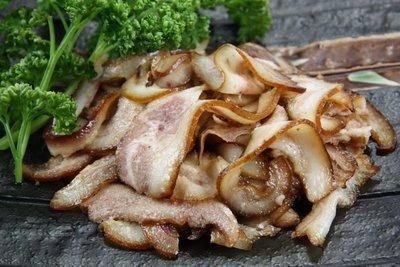【家常菜系列】滷豬頭皮/約200g/包~滷的香Q入味~吃起來帶有煙燻香氣讓您一口接一口~下酒配菜超涮嘴