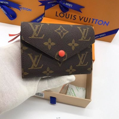 ✤寵愛Pamper for you✤LOUIS VUITTON LV三折短款皮夾