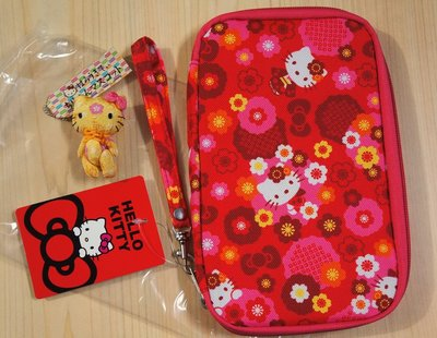 瘋日本*三麗鷗 KITTY 凱蒂貓 靚紅日本風 和風款 護照 證件 收納夾 (拉鏈式)  特價480元