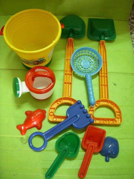小猴子玩具鋪 ~炎炎夏日海灘遊戲組~全新台灣制st安全玩具~10件組沙灘筒~特價:150元/組