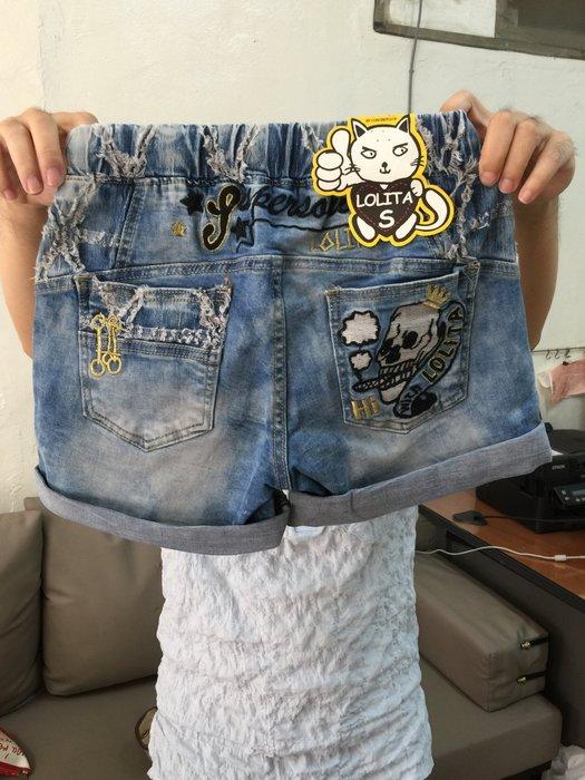 【江南小舖】正韓--Lolita磨破網狀格紋骷顱頭牛仔短褲***特價出清