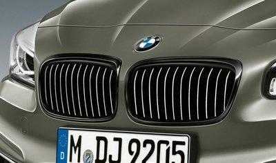 【樂駒】 BMW F45 F46 LCI 2AT 2GT M Performance 高光黑水箱罩 黑鼻頭 外觀