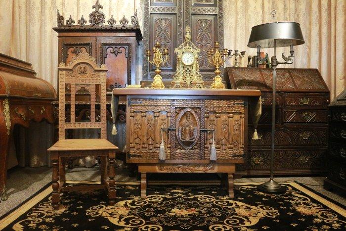 【家與收藏】特價稀有珍藏歐洲古董英國古典優雅雙天鵝細緻浮雕大立燈