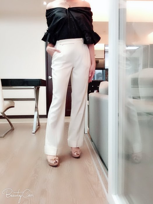 *Beauty*PATRIZIA PEPE米白色毛料西褲 44  號   4000 元PH