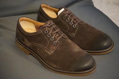 【現貨優惠】Clarks Montacute Hall Dark Brown Suede UK10 特價2580元