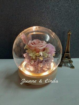 Joanne&Linda 粉紅玫瑰永生花乾燥花暖光玻璃罩 夜燈擺飾尺寸13×13公分