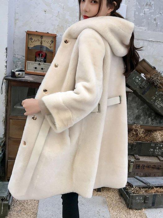 ~Linda~連帽羊羔毛皮草美利奴皮毛一體外套女中長款2018新款真皮羊剪絨冬