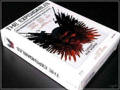 【BD藍光】浴血任務:限量鐵盒禮盒組The Expendables(DTS-HD 7.1)-席維斯史特龍