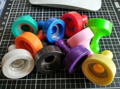十色強力跳棋磁鐵29mm(堅持不用強力膠)-10mm磁性玻璃也吸的住歐