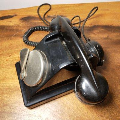 百寶軒 1930年代德國古董老式膠木電話機撥動扳手式電話機稀有收藏擺件 ZG2597