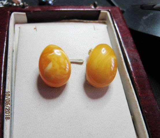 [一品軒2手商品]保證A貨.老原礦波羅的海蜜蠟K金夾式耳環.