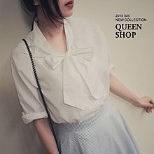Queen Shop【01021605】獨特胸前優雅系蝴蝶結綁帶七分袖襯衫 恤衫 t-shirt 上衣 黑色 現貨