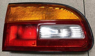 清倉中 中華 三菱 SPACE GEAR 97 98年 RV人 後左內燈 RL 內尾燈 2號燈 紅黃【各式汽車材料】