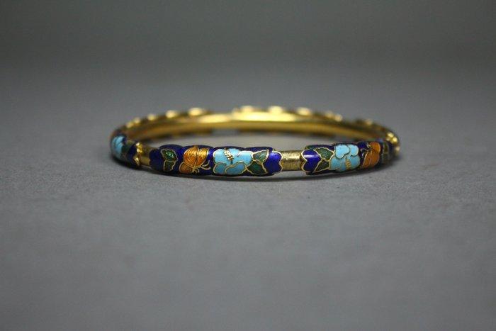 悅年堂 --- 鎏金填琺瑯 手鐲 本週特惠 起標價1000元