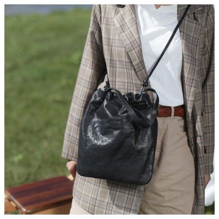 牛皮豎款方形斜挎包女包大容量高級感ol通勤包真皮軟皮手拎單肩包