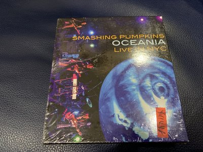 *還有唱片行*SMASHING PUMPKINS / LIVE IN 2CD+DVD 全新 Y11448 (199起拍)