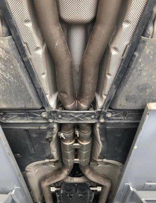 【YGAUTO】二手時間 BMW 寶馬 F10 M5 升級 東歐 Akrapovic 蠍子 二手中尾段排氣管