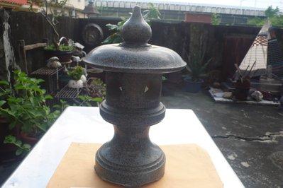 紫色小館89-------青斗石石雕燈座
