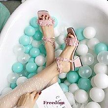 Freedom女鞋2019夏季新款歐美方頭方跟交叉一字扣帶涼鞋粗跟高跟露趾涼鞋女潮