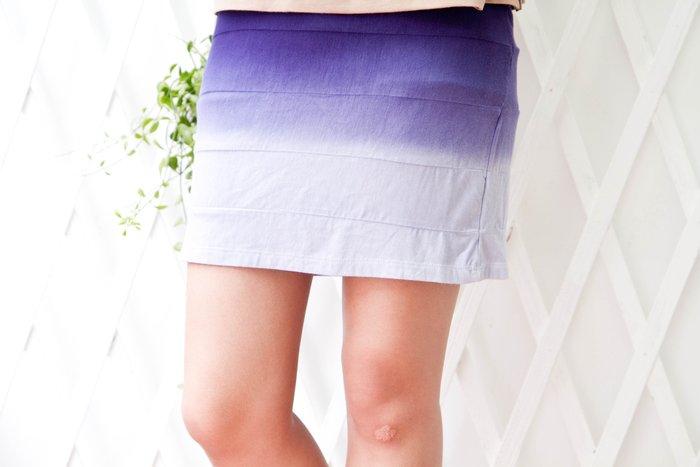 !!!((臺灣藍Anewei)純棉手工漸層染短裙~F3~透氣、舒適、手做製品