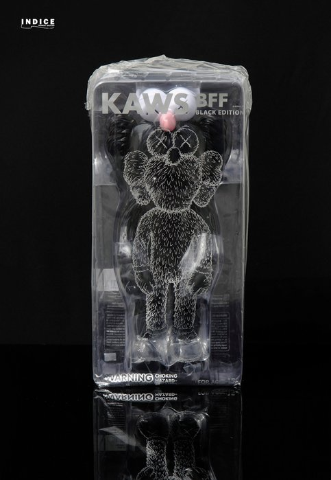 INDiCE↗ KAWS BFF BLACK VINYL EDITION Medicom Toy 黑色別注 搪膠公仔