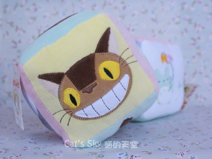 《Cat Sky》日本TOTORO宮崎駿.龍貓BABY系列毛巾布材質.六面響鈴嬰兒球(方型)