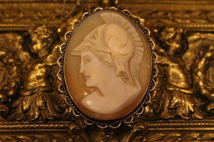 【家與收藏】頂級稀有珍藏歐洲百年古董19世紀珍貴手工古希臘女戰神貝雕cameo純銀墜子/胸針珠寶首飾(罕見褐色款)