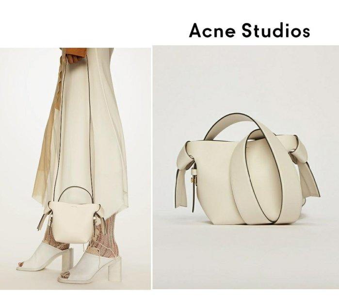 Acne Studios ►( 米白色 )musubi micro款 肩背包 斜背包|100%全新正品|特價!