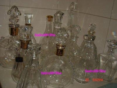 (我的收藏區)巴卡拉 Baccarat 水晶瓶酒瓶12件(路易13 Louis XIII 人頭馬)/另施華洛世奇軒尼詩