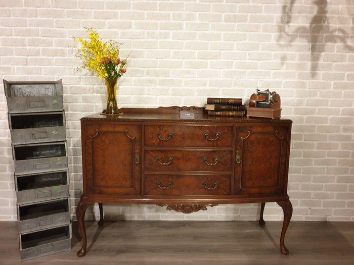 【卡卡頌 歐洲跳蚤市場/歐洲古董】 英國老件 桃花心木 細膩雕刻  銅件  優雅  腰櫃  邊櫃 ca0235✬