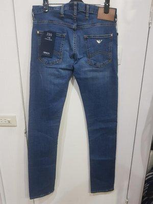 【EZ兔購】~正品美國 Armani Jeans 亞曼尼 AJ    牛仔褲 ~現貨 28 腰 還有