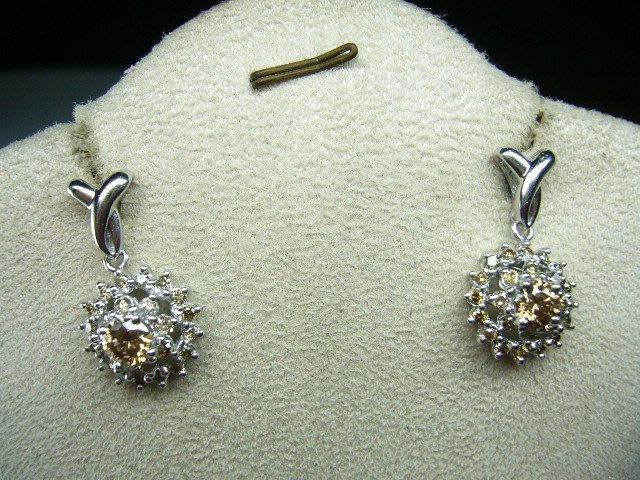 [吉宏精品交流中心]60分(2P) 香檳彩鑽 白K金 造型 耳環(一對)