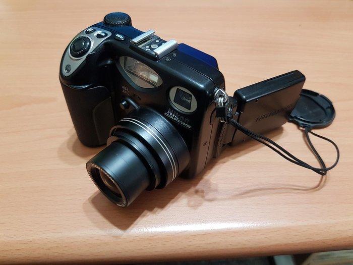Nikon CoolPix 5000 零件機 $400 昇37