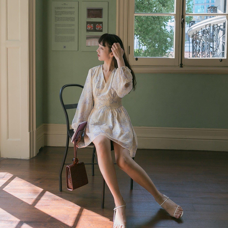 MAGPIE喜鵲 氣質小清新印花單排釦V領輕薄長袖洋裝連身裙 淑女氣質優雅LADY 約會上班族OL通勤秘書 公主風夢幻