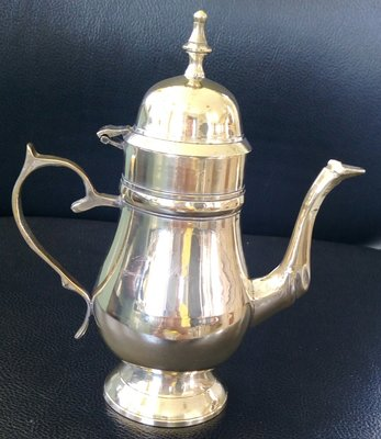 82歐洲優雅鍍銀壺 vintage Footed Teapot with hinged lid
