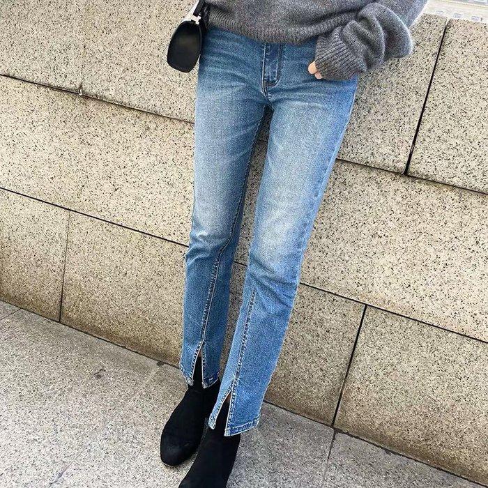 ❤JM SHOP韓風❤時髦女孩風格設計款水洗微喇叭前開叉牛仔褲